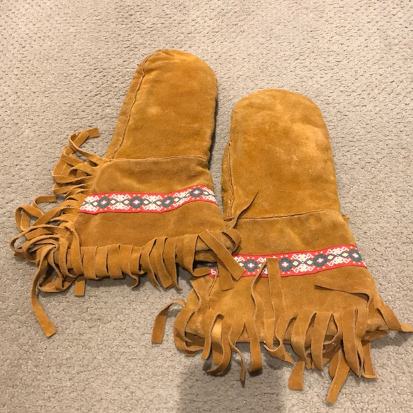 Vintage leather mitts